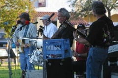 Lockhart Courthouse Lawn, May 28, 2003